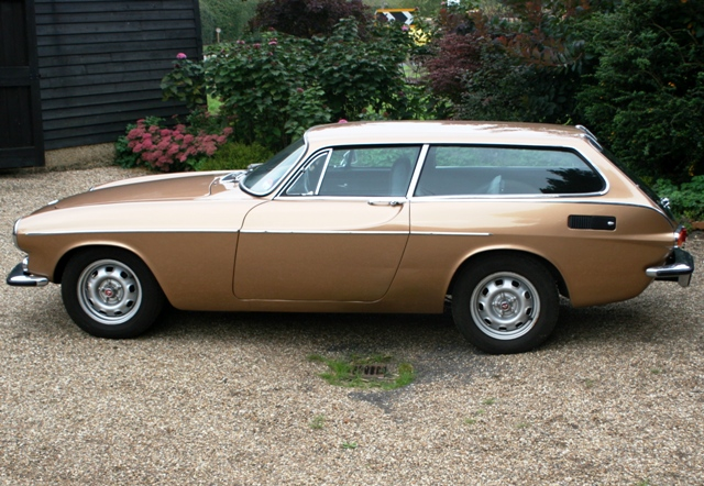 historics at brooklands specialist classic and sports car auctioneers 1973 volvo p1800 es. Black Bedroom Furniture Sets. Home Design Ideas