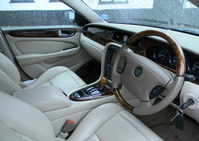 2002 jaguar xj8 3 5 related infomation specifications. Black Bedroom Furniture Sets. Home Design Ideas